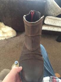 Bugatti brown zip boots size 10
