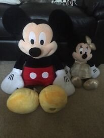 Disney Mickie Mouse soft toy