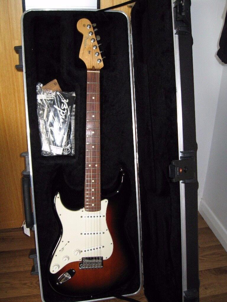 Left Hand USA Fender Standard Stratocaster.