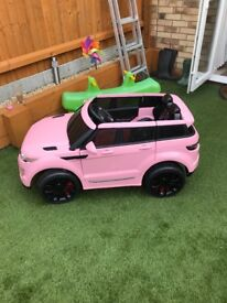 Range Rover ride on toy car