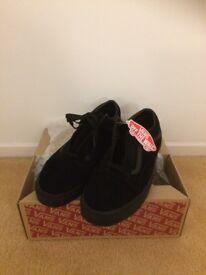 Brand New Suede Old Skool Black Vans - UK adult size 11