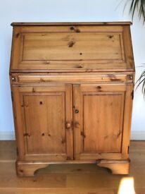 Ducal pine bureau