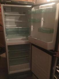 Free! Fridge freezer (broken)