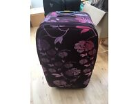 Quality Large Frenzy lightweight suitcase