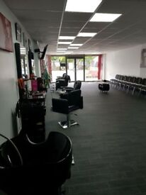 Beauty room & separate nail bar to let in new Salon in Busy area of Hilltop West Bromwich
