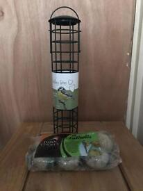 Bird feeder and food (new)