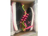 Girls heelies trainers size 3 brand new in box