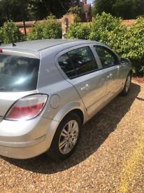 Vauxhall Astra silver .
