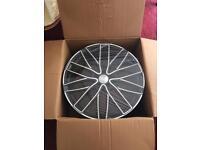 4x Wolf Race 22in x 9.5in wheels