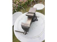 Large engineers bench vice rotating base