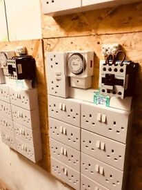 Cheshunt Hydroponics Store - used 16 way light timer contactor boards