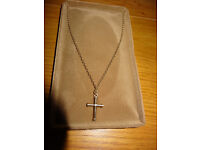 9ct gold 18 inch Chain and Bonded Cross