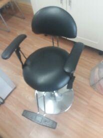 Salon child's hairdressing chair