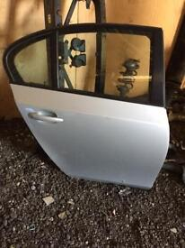 Bmw e60 5 series drivers side rear door complete