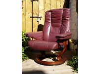 Ekornes Stressless Kensington Recliner Armchair with Free Footstool... excellent condition see pics