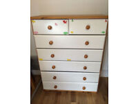 Lovely large wooden chest of drawers, vgc