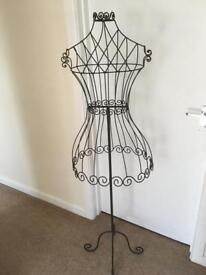 Ornamental wire frame mannequin