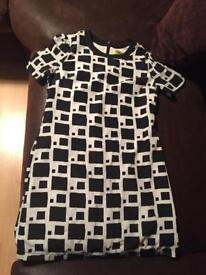 Black and white print dress size 10