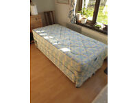 Convertible single/double bed