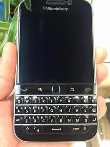 Blackberry Classic UNLOCKED URGENT!!!