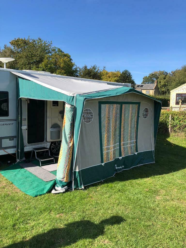ISABELLA MAGNUM AWNING USED COLOUR GREEN WITH CURTAINS ...