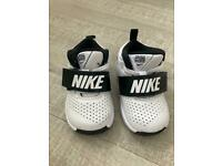 Nike kids trainers 5.5 (baby and toddler)