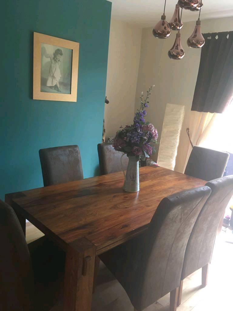 Harvey S Sheesham Wood Dining Table And 6 Chairs In
