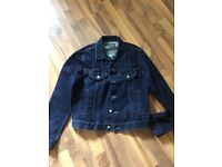 Armani jeans jacket size 44GB Or 38 USA