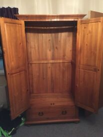 "Solid wood ""Creations"" double wardrobe"