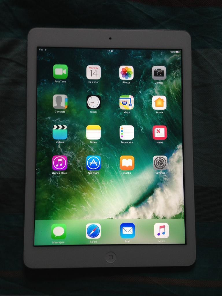 iPad Air *Wifi Only*