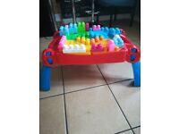 Mega blocks table with 100 blocks