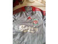 Small men's retro Liverpool top