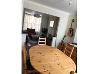 Friendly house share/ room to let, may suit nurse, mature student or working profesional