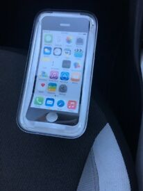 Apple iPhone 5C (8GB) excellent condition with box