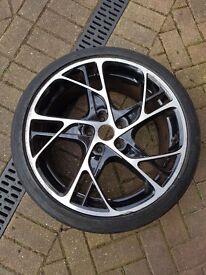 Renault STEEV 19 inch alloy wheel