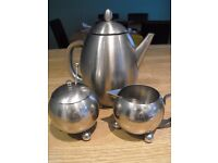 COFFEE POT SET IN STAINLESS STEEL