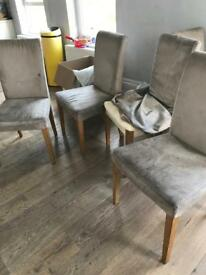 10 dinning chairs free to collector
