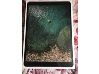 New iPad pro 10.5 inch WIFI + CELLULAR 64 GB. unopened box