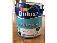 Dulux pure brilliant white bathroom paint