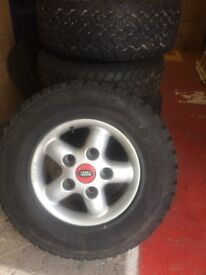 4 x 255/65 R 16 tyres with alloys plus 1 spare with alloy