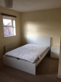 Available Now! Huge Double Room, Schooner Way, Atlantic Wharf, Cardiff Bay / City Centre