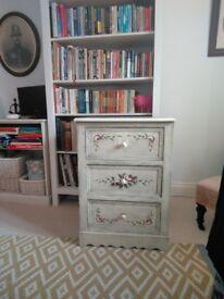 Beautiful shabby chic chest of drawers.