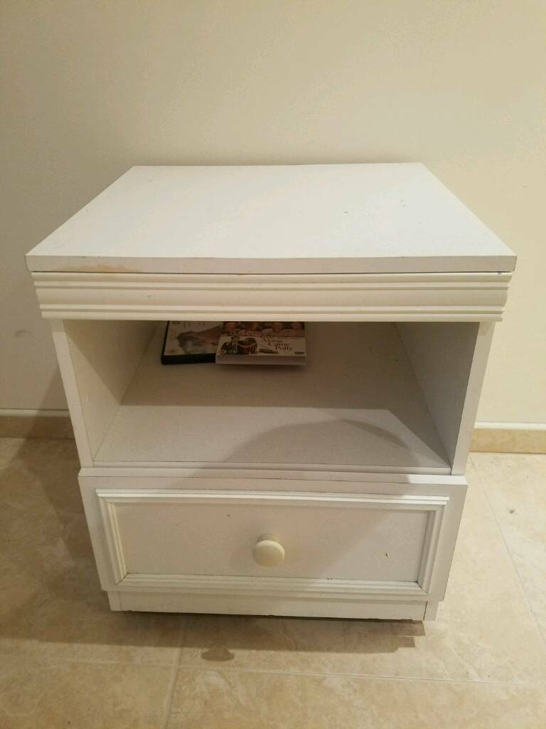 White Bedside Table On Wheels