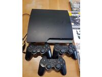 PS3, 3 pads and 11 games