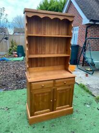 Solid chunky pine Welsh dresser. Dovetail Joints. Possible delivery