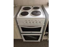 Indest oven, hob and grill