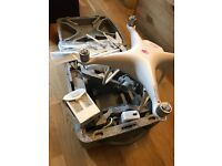 Dji phantom 4 drone with one extra battery & dji bag excellent condition