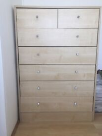 A few months old Wooden furniture in great comditions to be picked up in Putney