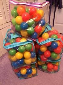 Plastic balls for Ball Pool approx 500