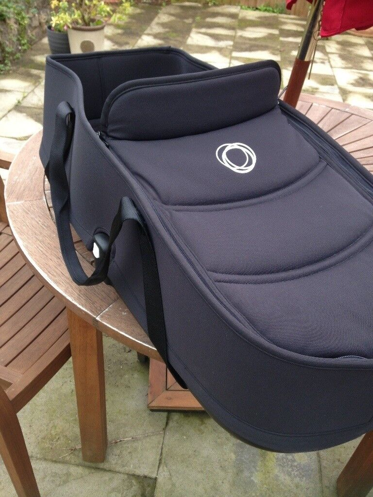 Bassinet/carrycot for Bugaboo Bee 3 with adaptors
